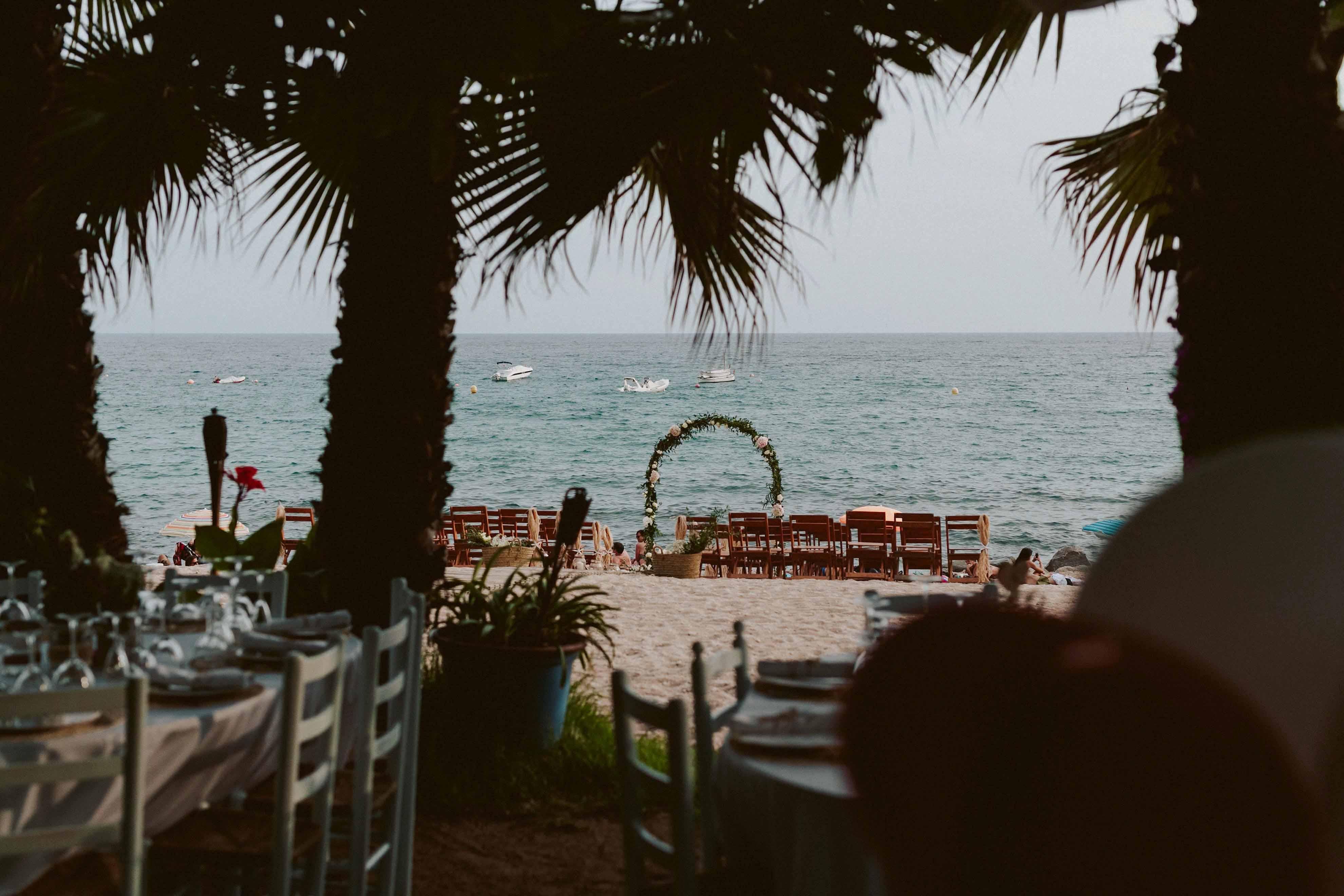Boda en la playa :: Girona :: Yesenia + Antonio :: – Raul Cañas ...