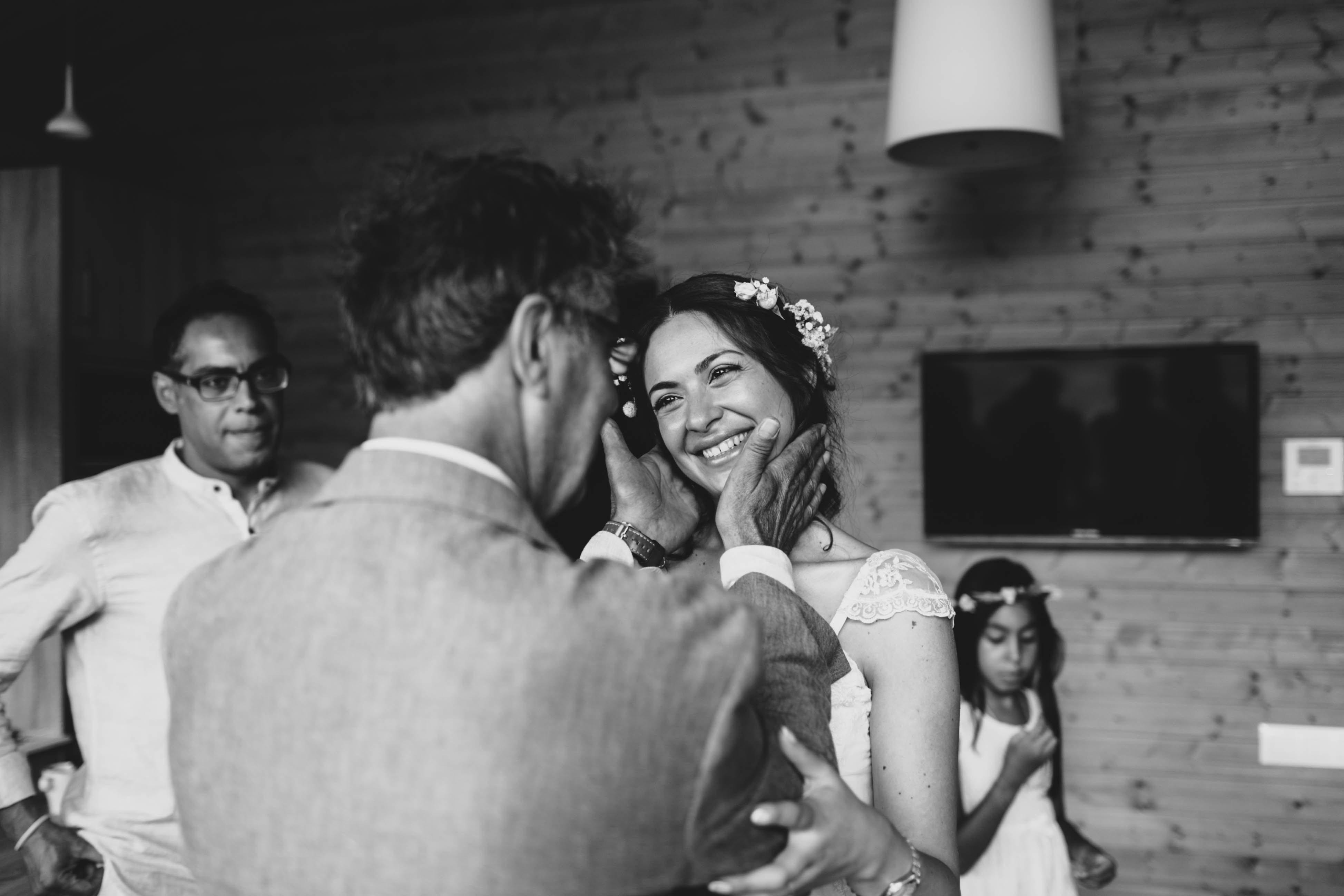 Fotografo+de+bodas+barcelona+girona+cala llevado+beach wedding_046
