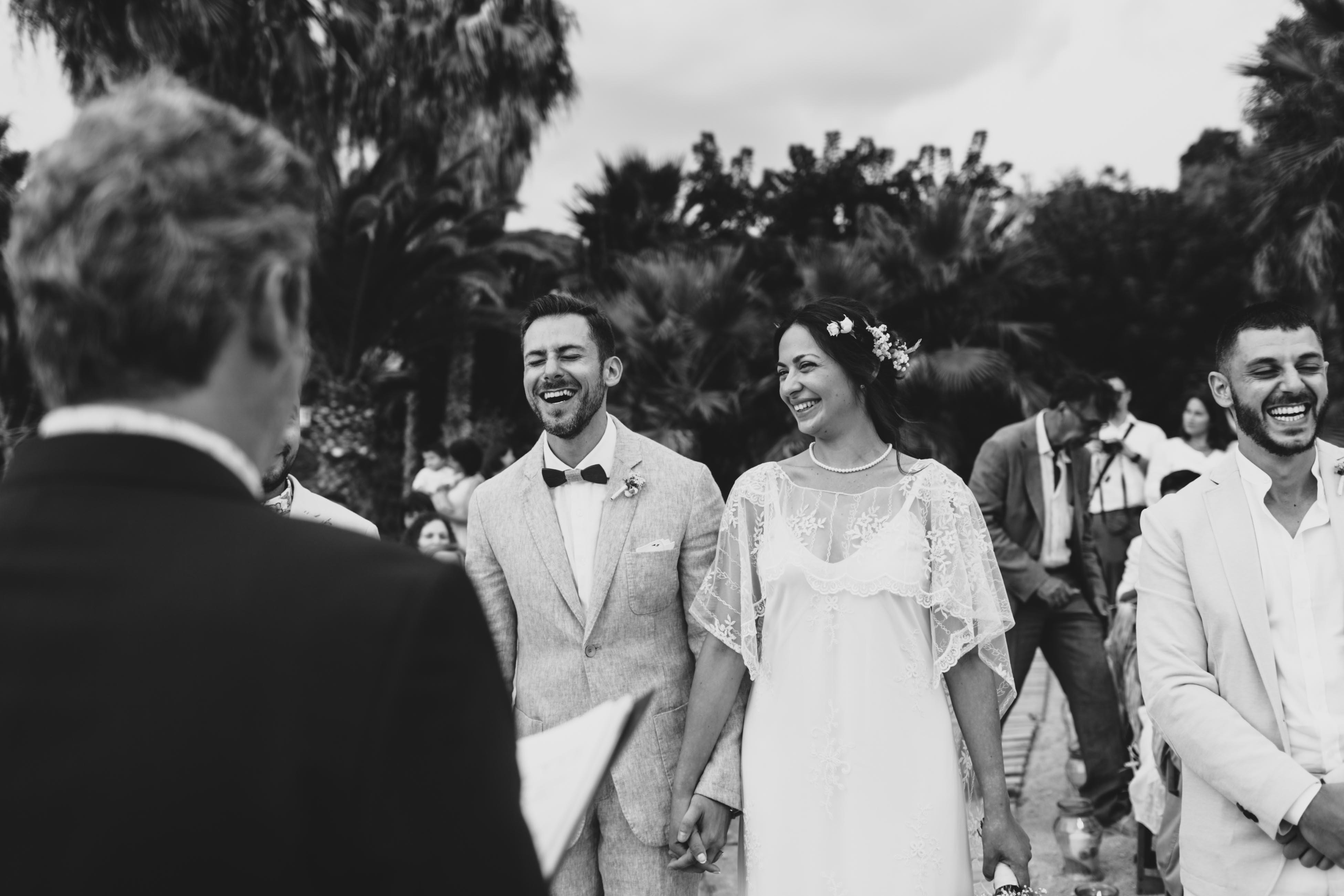 Fotografo+de+bodas+barcelona+girona+cala llevado+beach wedding_077