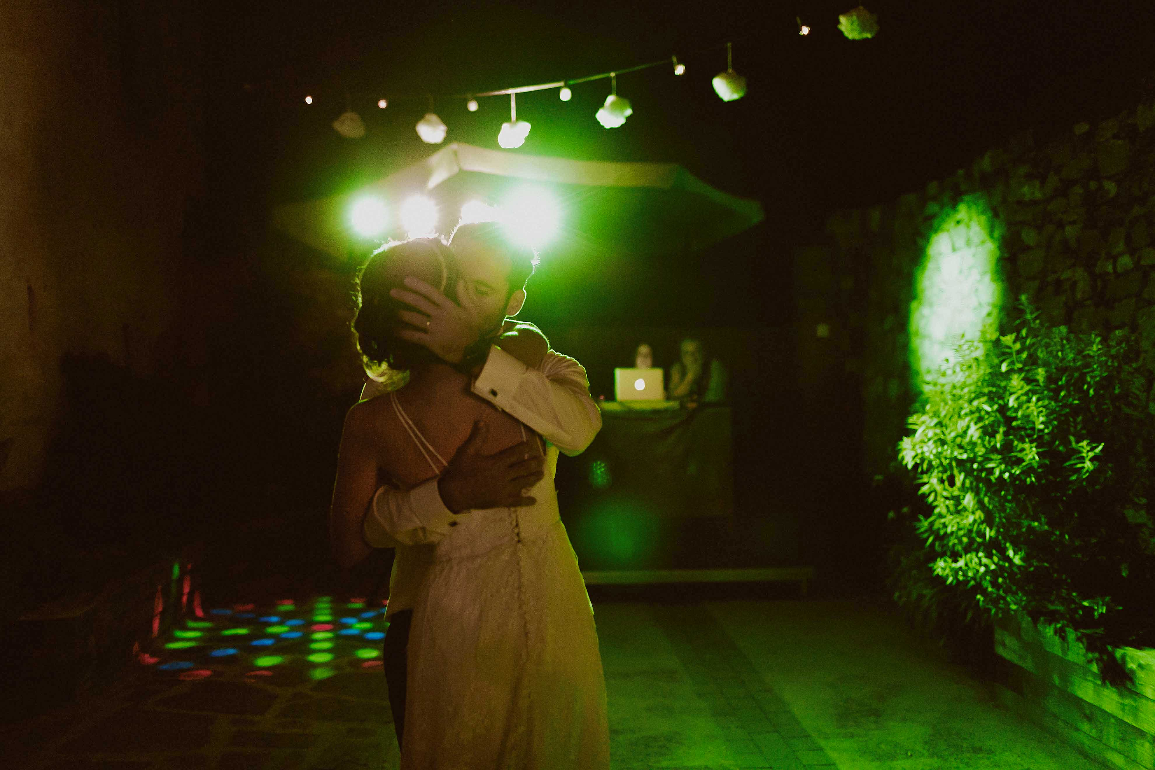 Boda rústica en la montaña. fotgrafo de bodas barcelona_113