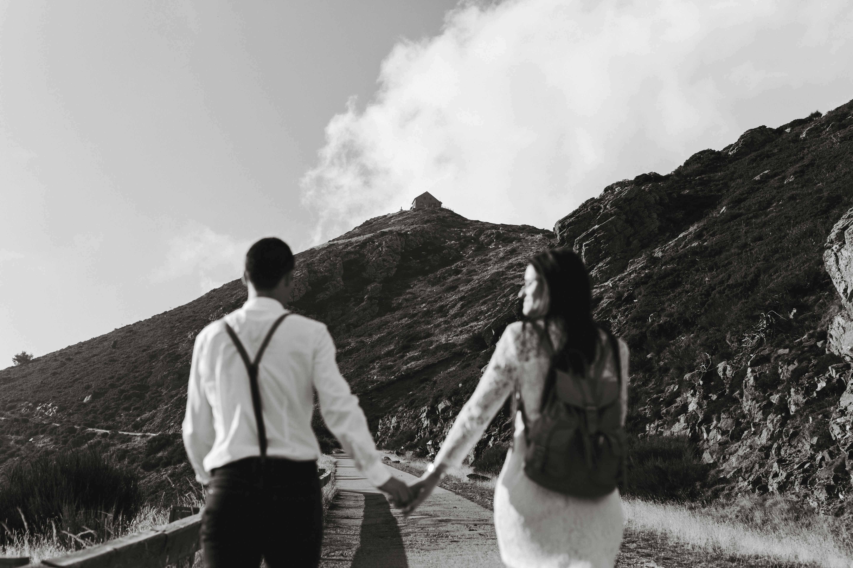 Preboda en la montaña. fotografo de bodas barcelona.bodas girona_030