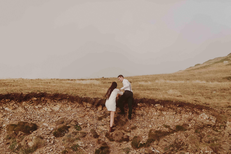 Preboda en la montaña. fotografo de bodas barcelona.bodas girona_049