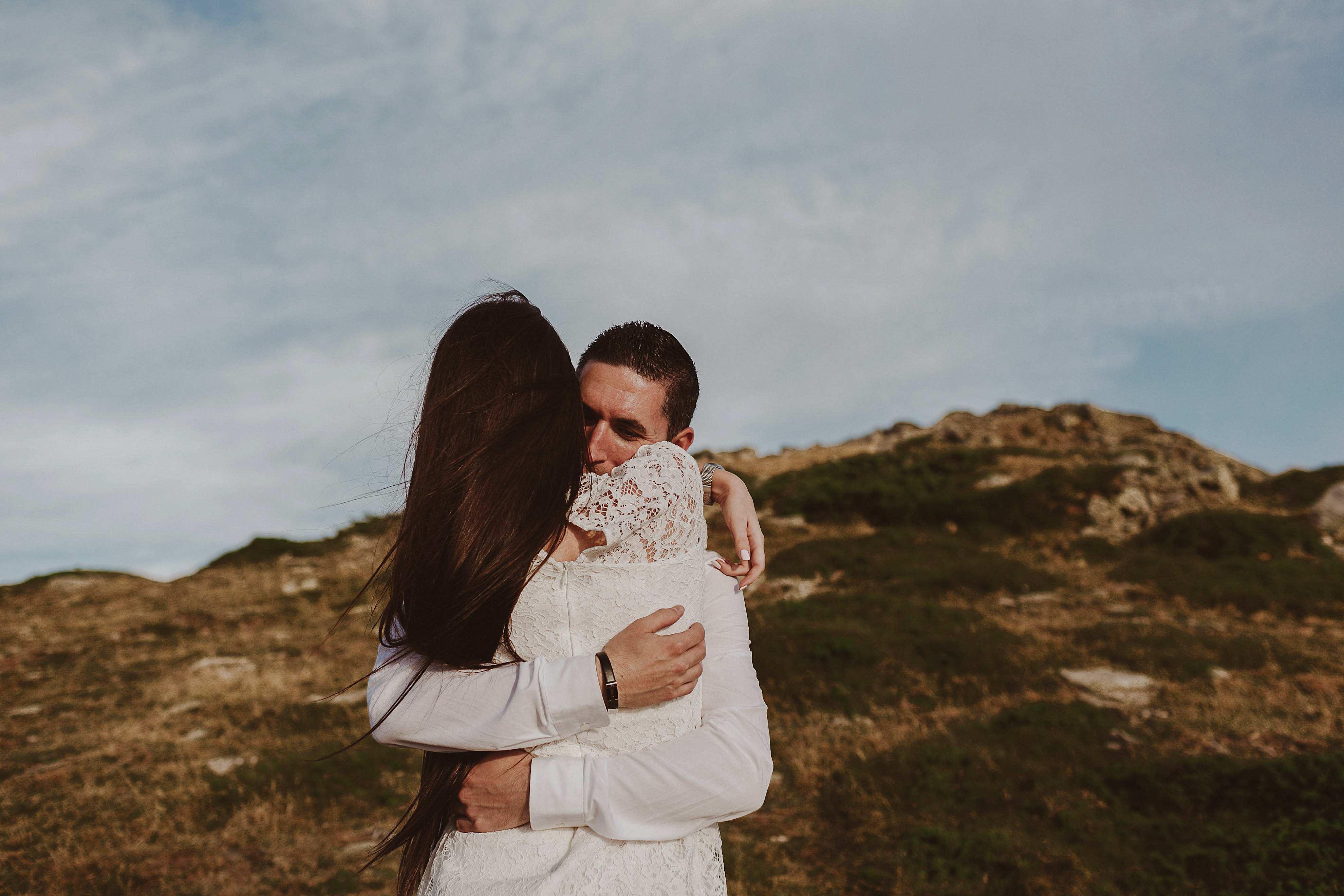 Preboda en la montaña. fotografo de bodas barcelona.bodas girona_060