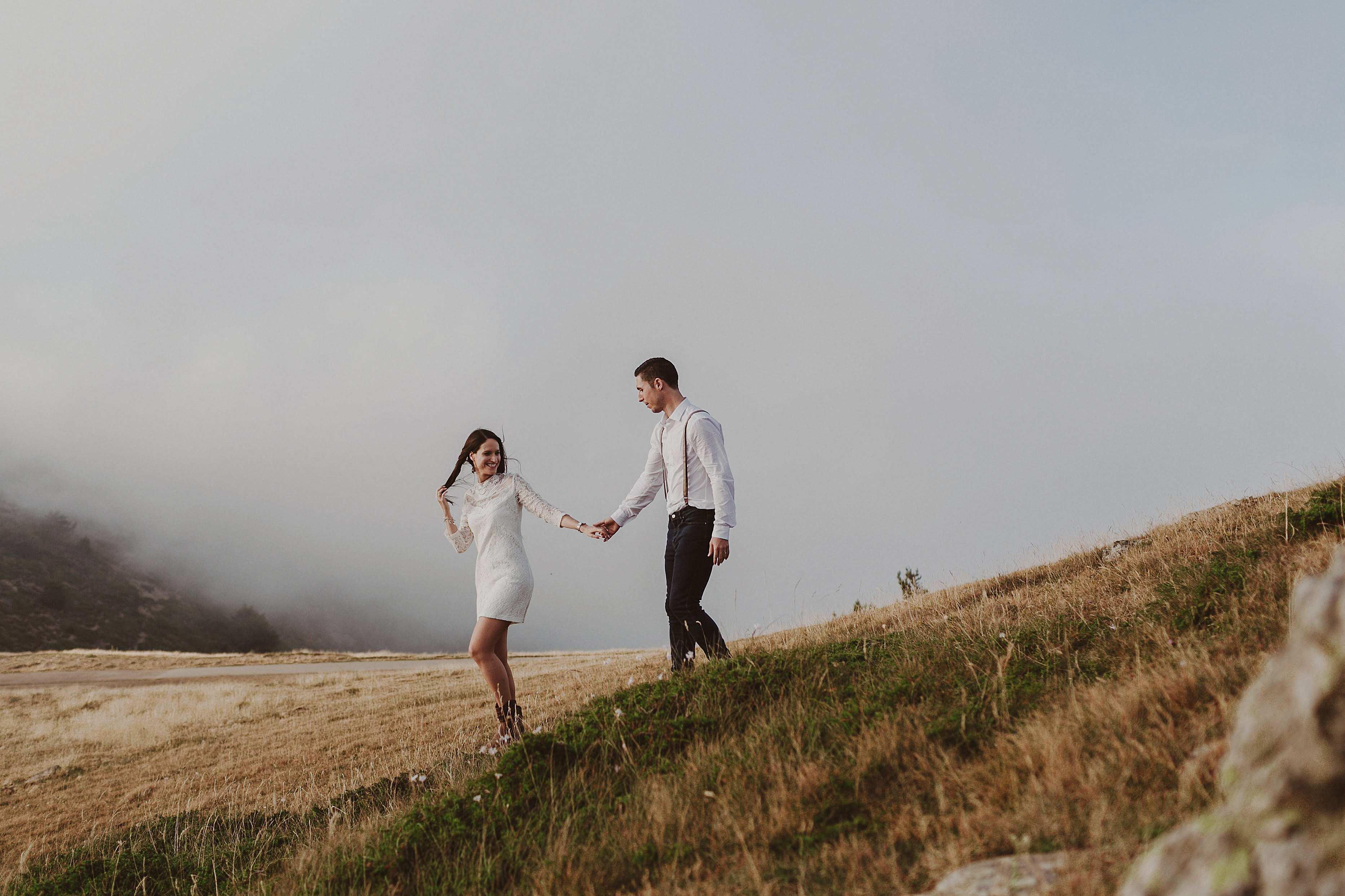 Preboda en la montaña. fotografo de bodas barcelona.bodas girona_063