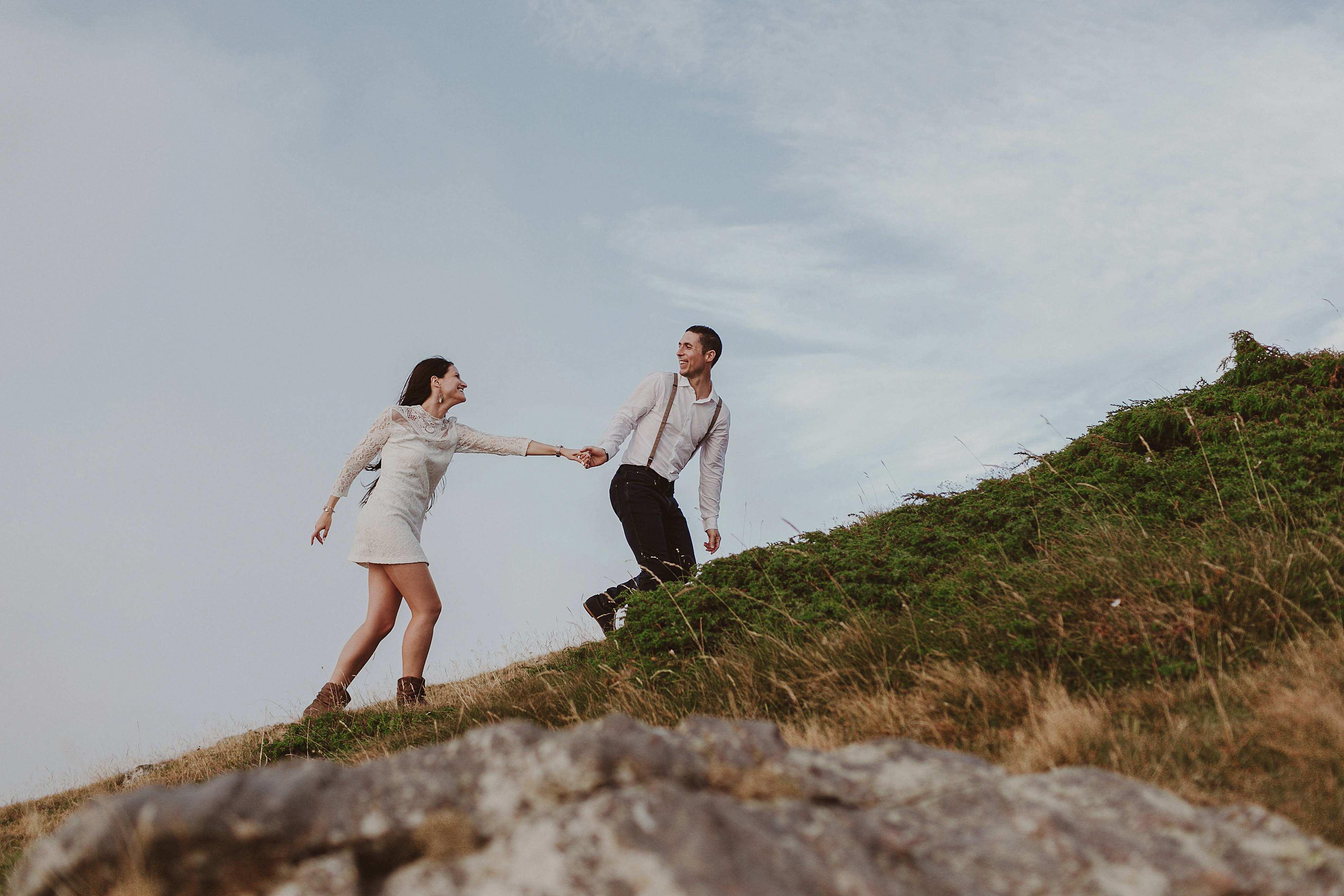 Preboda en la montaña. fotografo de bodas barcelona.bodas girona_064
