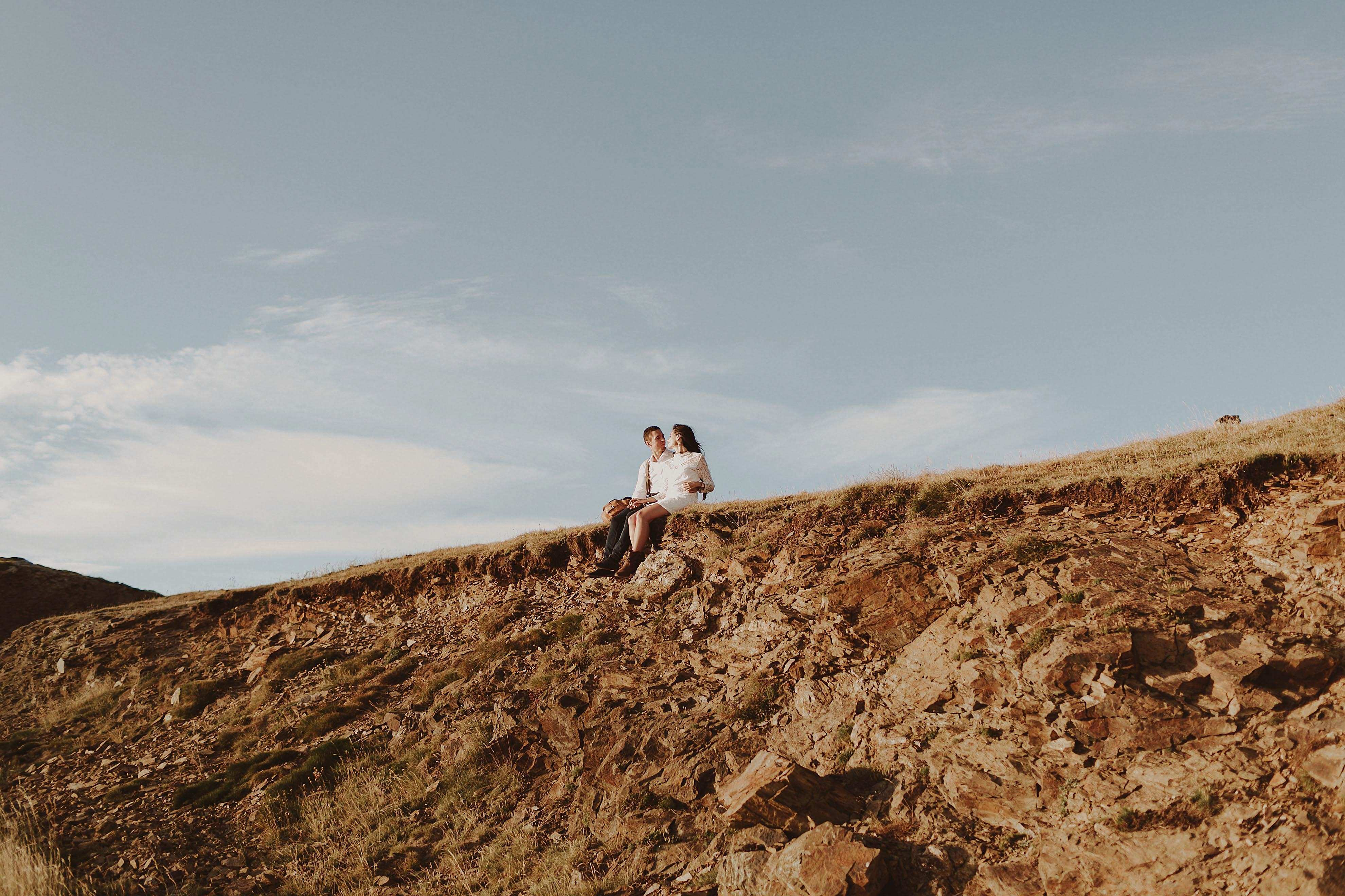Preboda en la montaña. fotografo de bodas barcelona.bodas girona_081