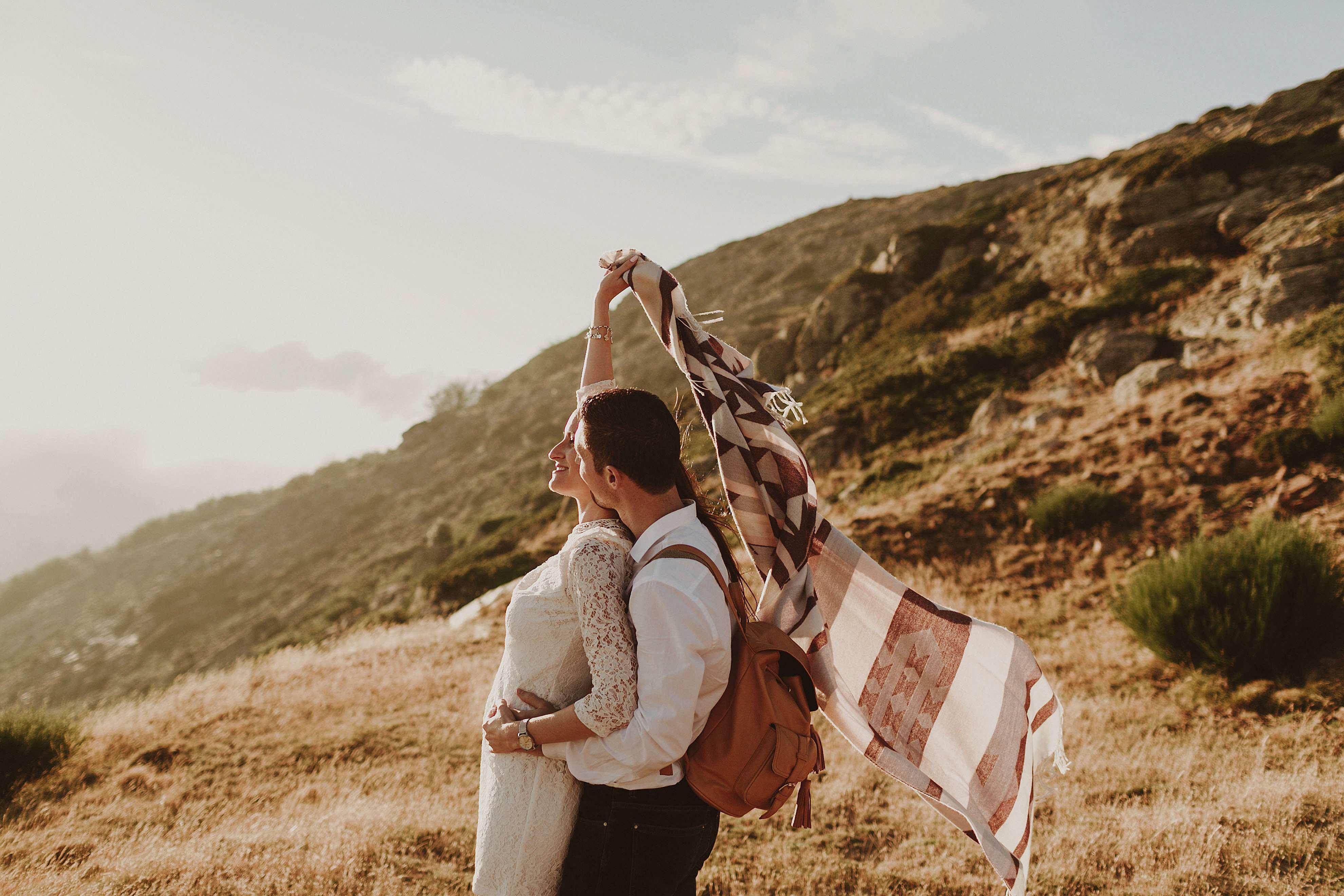 Preboda en la montaña. fotografo de bodas barcelona.bodas girona_101