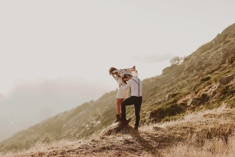 Preboda en la montaña. fotografo de bodas barcelona.bodas girona_102