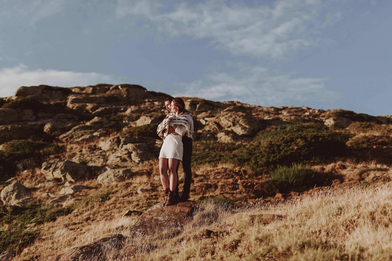 Preboda en la montaña. fotografo de bodas barcelona.bodas girona_105