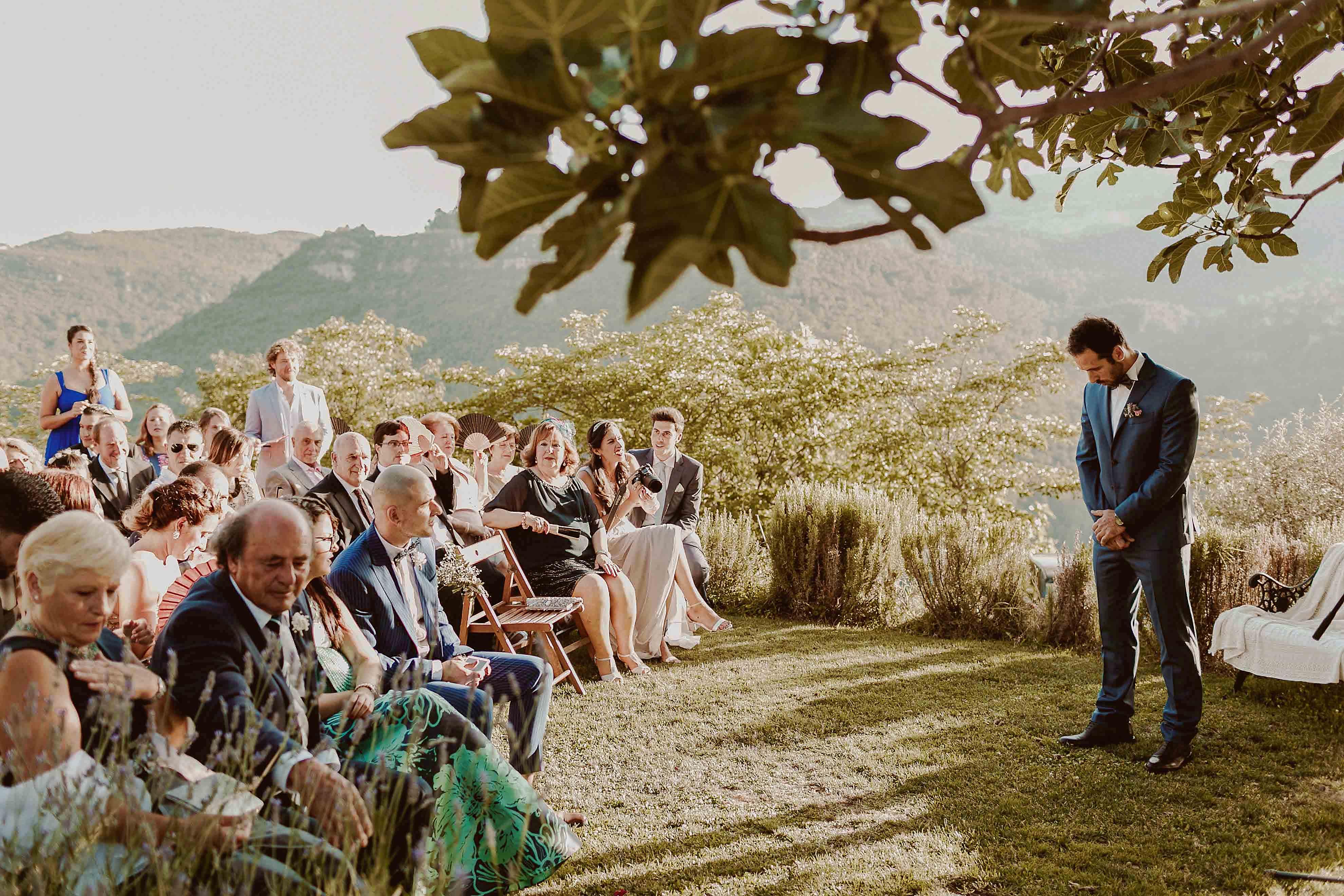 Boda rústica en la montaña. fotgrafo de bodas barcelona_048