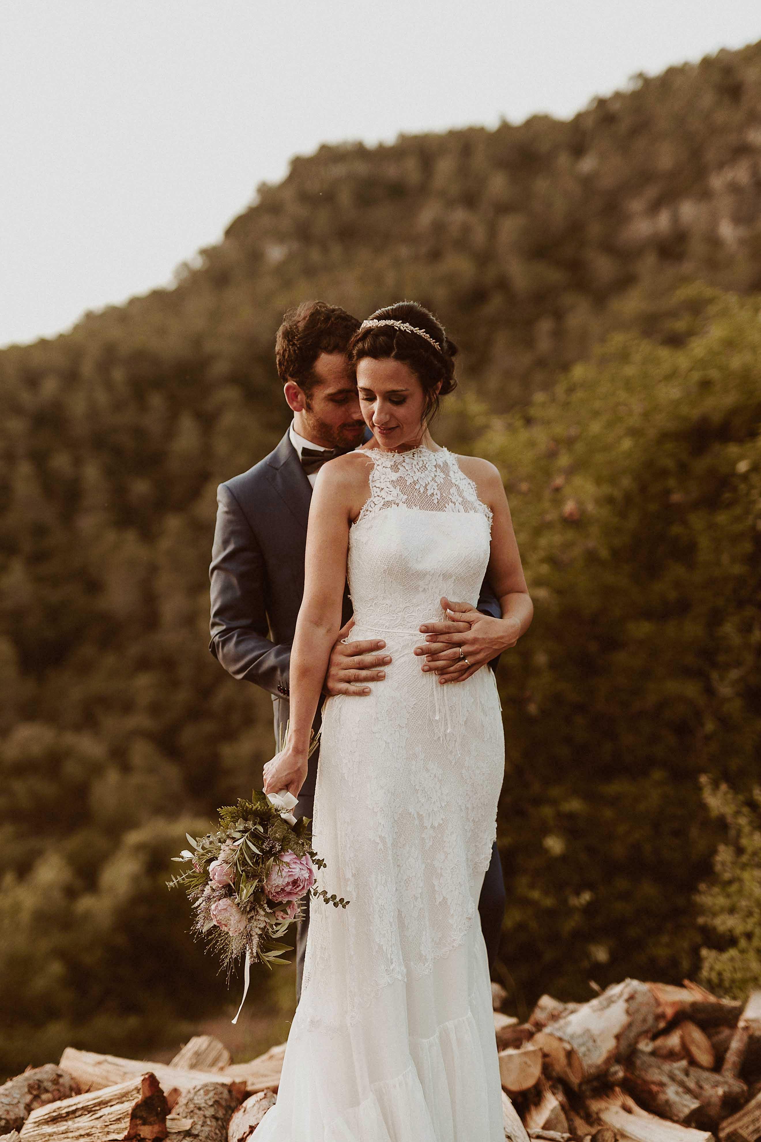 Boda rústica en la montaña. fotgrafo de bodas barcelona_083