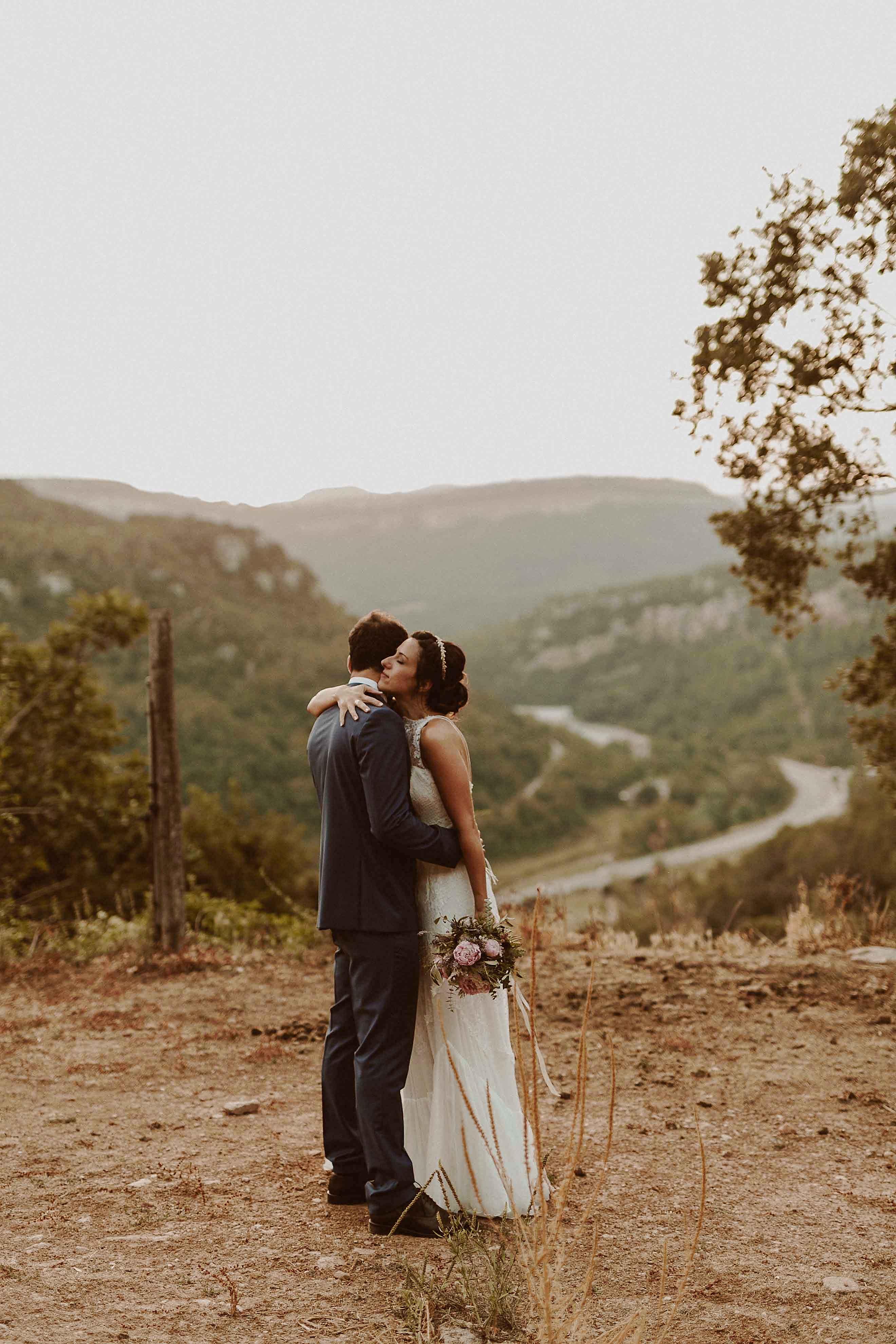Boda rústica en la montaña. fotgrafo de bodas barcelona_087