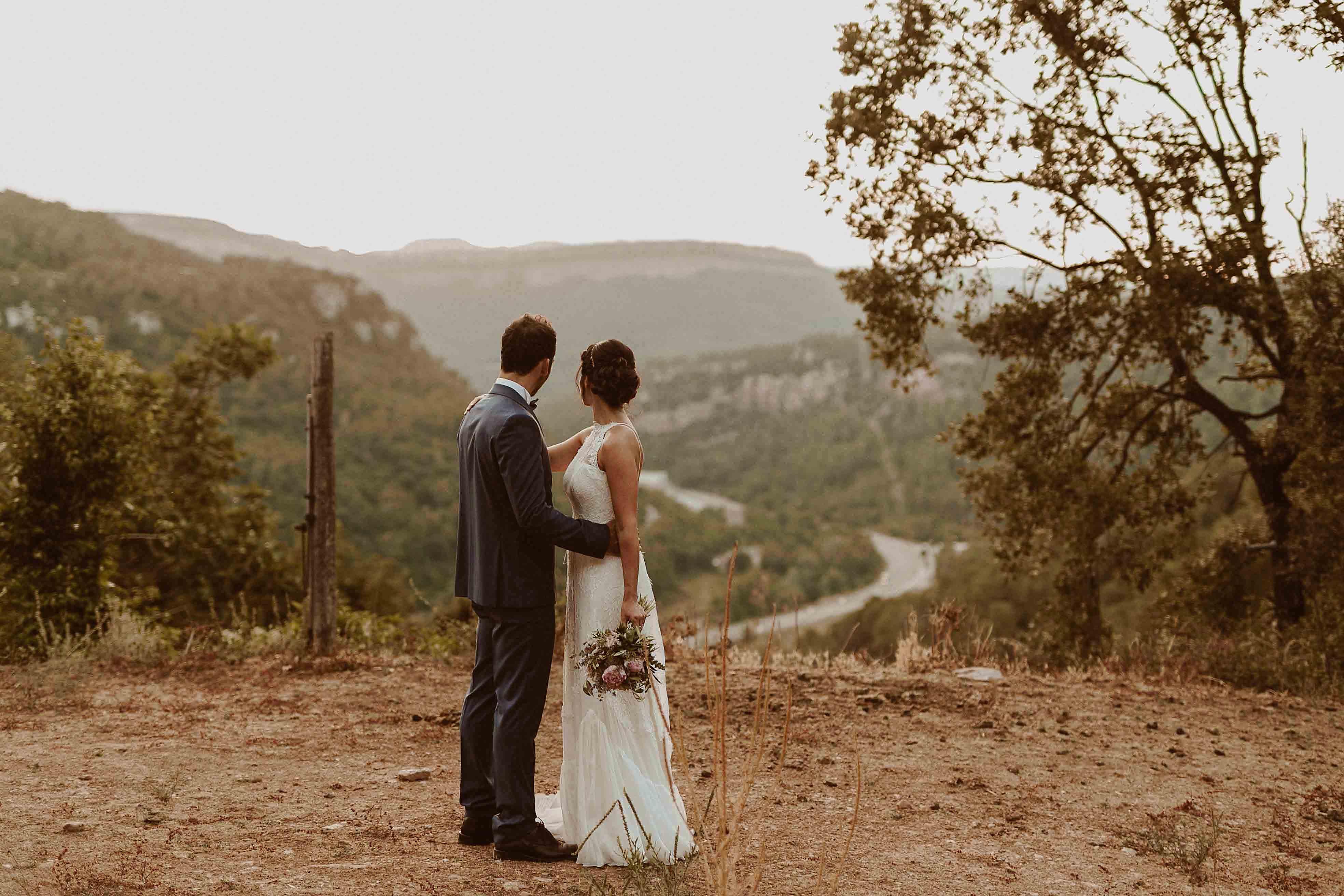 Boda rústica en la montaña. fotgrafo de bodas barcelona_088